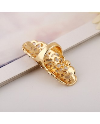 Fashion Exaggeration Hollow Carving Alloy Drill Ring
